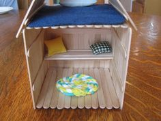 Almost Unschoolers: Popsicle Stick Polly Pocket House