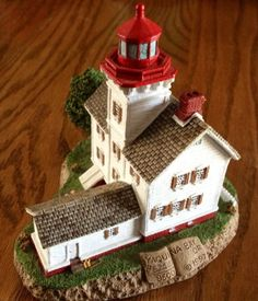 Harbour lights lighthouse collectible 1997 Yaquina Bay oregon