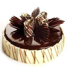 Cake Bhandar offers same day cake delivery and midnight cake delivery in Delhi. Buy cake online for all occasions from best cake shop in Delhi NCR. Cake Home Delivery, Birthday Cake Delivery, Crazy Cakes, Fancy Cakes, Online Birthday Cake, Chocolate Cake Designs, Chocolate Garnishes, Cake Recipes, Dessert Recipes