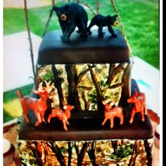 Camo baby shower cake... Look at this one Jamie Lynn Anderson:)