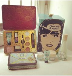 Benefit's holiday set!