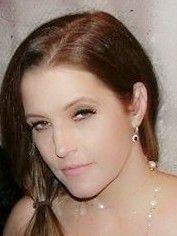 Lisa Marie Presley, Pearl Earrings, Pearls, Jewelry, Celebrities, Fashion, Moda, Pearl Studs, Jewlery