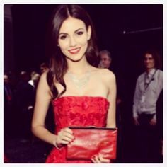 The beautiful Victoria Justice rocking her very own 'Heart + Truth' clutch for Valentine's Day! Everyone deserves one - Get yours at www.comeswithbaggage.com