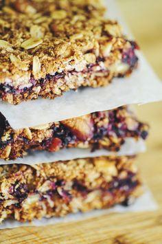Blackberry Walnut Oat Bars (Gluten Free, Vegan)