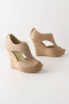 Really want a pair of neutral wedges!