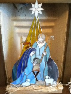 Nativity scene, in glass by Maria.