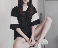 K-Fashion   via Tumlr   via Tumblr