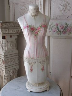 OMG ORIGINAL Christie REPASY PAINTING on MANNEQUIN DRESS FORM ROSES CORSET