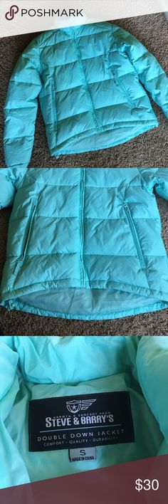 Double Down Jacket 💋 Pre owned! Great condition, women's size Small, colo Tiffany blue, 2 side zip pockets, ajustable wrists. Low-high style Steve & Barry's Jackets & Coats Puffers