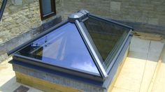 www.4seasononline.co.uk - suppliers of bespoke aluminium bifold doors and roof lanterns