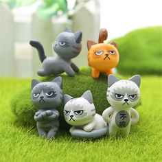 6 pcs/set Super Cute Unhappy Cats Action Figure Cartoon Toys girls Anime Christmas party supply for Children Kid Decor Figures Polymer Clay Cat, Polymer Clay Animals, Polymer Clay Creations, Animal Gato, Small Figurines, Miniature Figurines, Clay Cats, Cartoon Toys, Cat Doll