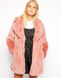 Very cool moto jacket in faux leather - white (faux!) fur collar