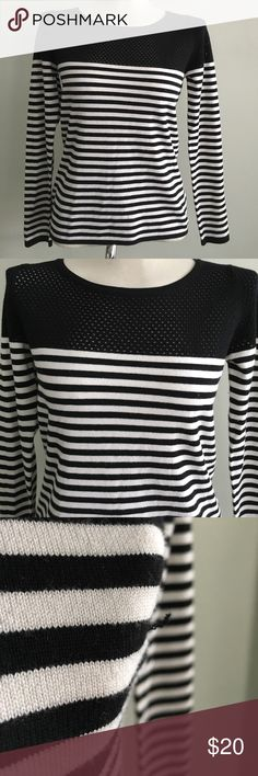 Skies Are Blue stripe Sweater Pre-Owned. Black and white stripe sweater. Some pull on Sweater (see pic) otherwise in good condition Skies are Blue Sweaters Crew & Scoop Necks