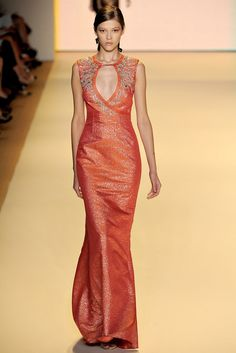 Carolina Herrera Spring 2011 Ready-to-Wear Fashion Show - Yulia Kharlapanova