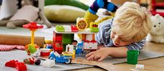 250 kleine Testerinnen und Tester dürfen die LEGO® DUPLO® Pizzeria testen.