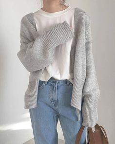 Photo - The photo - Source by sofiathesage clothes fashion casual Korean Street Fashion, Asian Fashion, Look Fashion, Fashion Mode, Korean Fashion School, Blue Fashion, Fashion Wear, Mode Outfits, Korean Outfits