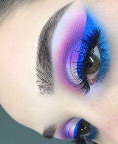 Eyes like sia