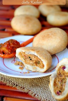 Sattu Kachori - With a Spicy Channa-Daal Filling - Indian food Indian Snacks, Indian Food Recipes, Vegetarian Recipes, Cooking Recipes, Indian Street Food, India Food, Exotic Food, Chaat, Indian Dishes