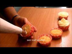 ▶ Hoe spuit je mooie toeven voor cupcakes? - YouTube