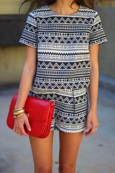 ¡Llénate de geometría tu outfit!