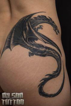 Dragon Tattoo. Tatuagem de dragão feita em uma amiga. Nilson Tattoo, Salgueiro-PE, Brasil.