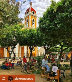 Follow @alexrousseau: #Everyday #Granada #Nicaragua #CentralPark #ILoveGranada #AmoGranada #Travel