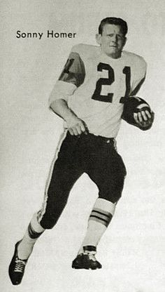 Sonny Homer - BC Lions Canadian Football League, Football Icon, Vintage Football, Photo Hosting, Lions, Legends, The Past, Memories, Eye