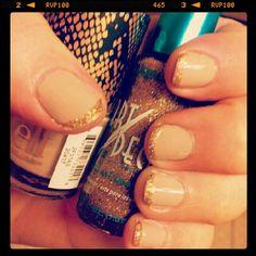 La colors art deco silver glitter nail polish i have nude nails with gold glitter tips la colors art deco nail art polish prinsesfo Gallery