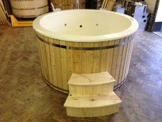 Wood fired hot tub Fibre Glass lining / Hydro by WoodKingdom