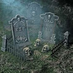 love this front yard decoration for halloween simple yet spooky - Halloween Yard Decorating Ideas