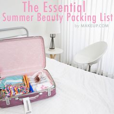 Seasonal packing list - the essential summer beauty packing list for those on-the-go #travel