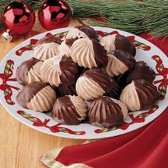 <3 Chocolate Meringue Stars!  I've made these five times and they are a great light treat. I'm probably going to make either the chocolate or meringue part peppermint flavored next time. Also maybe a tsp. of cream of tartar to make the peaks stiffer.