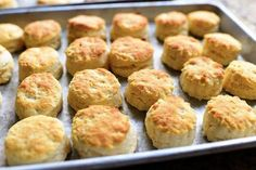 Self-Rising Biscuits This is a very old, very easy biscuit recipe for those times you don't have a second to waste. They're sometimes called Southern Biscuits, sometimes called Southern Buttermilk Biscuits,… Bread Recipes, Cooking Recipes, Freezer Cooking, Potato Recipes, Easy Biscuit Recipe, Breakfast Biscuits, Breakfast Potatoes, Breakfast Sandwiches, Breakfast Burritos