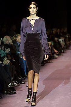 Saint Laurent Fall 2001 Ready-to-Wear Fashion Show - Luciana Marinissen