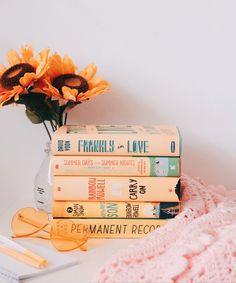 Rainbow Rowell, Film Music Books, Books To Buy, Book Nerd, Bibliophile, Bookstagram, Great Books, Summer Days, Inspire Me