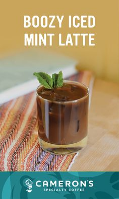 Coffee Drink Recipes, Alcohol Drink Recipes, Coffee Drinks, Bar Drinks, Yummy Drinks, Butterscotch Sauce Recipes, Smoothie Drinks, Smoothies, Iced Coffee At Home