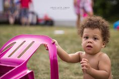 birthday portraiture photography - outdoor - birthday party - first birthday - natural light - crisp clean colour - Ottawa, ON - © Ladies with Lenses