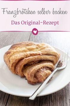 Franzbrötchen: The recipe for the north German cinnamon roll - The original recipe for Hamburger Franzbrötchen. Pot Roast Beef, Bbq Beef Brisket Recipe, Incredible Recipes, Nutrition, Original Recipe, Food Items, Cinnamon Rolls, Vegetarian Recipes, Easy Meals
