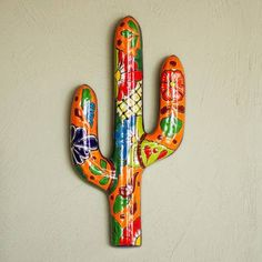 Mexican Crafts, Indian Crafts, Mexican Hacienda Decor, Outside Wall Art, Painted Tin Cans, Recycled Garden Art, Cactus Drawing, Talavera Pottery, Desert Art