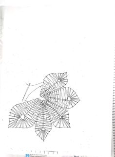 PATRONES BOLILLOS - Carmen Méndez - Álbumes web de Picasa Hairpin Lace Crochet, Lace Weave, Bobbin Lacemaking, Bobbin Lace Patterns, Victorian Lace, Lace Jewelry, Lace Making, Lace Collar, Lace Flowers