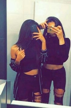 Dpz for girls Cute Girl Poses, Girl Photo Poses, Girl Photography Poses, Girl Photos, Instagram Baddie Outfit, Bff Poses, Best Friend Photos, Stylish Girls Photos, Fake Photo