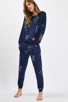 Poppy Print Loungewear Sweater and Jogger - Lingerie, Sleepwear & Loungewear - Sleepwear & Loungewear, Sleepwear Women, Pajamas Women, Nightwear, Lingerie Sleepwear, Pyjamas, Cozy Pajamas, Pajama Outfits, Cute Outfits