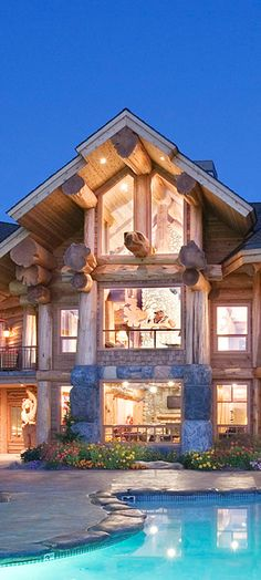 Pioneer Log Homes does it again !