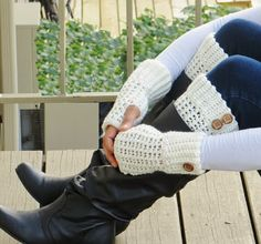 Crochet Dreamz: Brooklyn Fingerless Mitts or Wrist Warmers, Free Crochet Pattern...Free pattern for boot cuffs too!