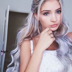 ◖ pin: averymadelinee ◗ Making me want purple hair again Blond, Tumbrl Girls, Colored Hair Extensions, Corte Y Color, Coloured Hair, Dye My Hair, Purple Hair, Pastel Purple, Hair Day