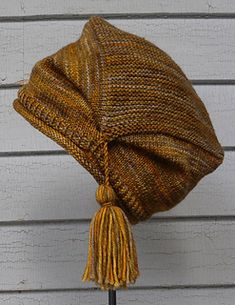 Ravelry: Therese Hutmuster von Nina Machlin Dayton , Ravelry: Therese Hat pattern by Nina Machlin. Knitting Projects, Crochet Projects, Knitting Patterns, Crochet Patterns, Knit Crochet, Crochet Hats, How To Purl Knit, Knit Picks, Knitting Accessories