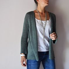 Quicksand by Heidi Kirrmaier. A simple wearable cardigan. Would be a wardrobe staple in the right yarn.