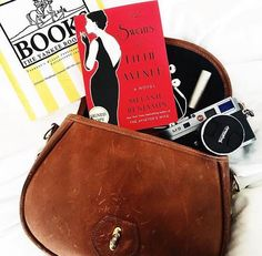 What's in your #Legacy bag? Thanks for sharing @Nicolebaas