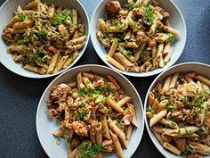 Fullkornspasta med ørret og olivenolje - taste that food 200 Calories, Penne, Ethnic Recipes, Food, Essen, Meals, Yemek, Pens, Eten