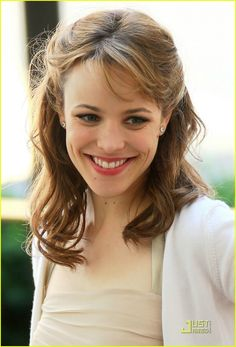 rachel-mcadams  she has such a cute smile :)